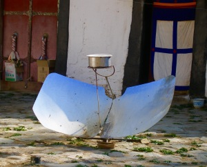 Solar cooker in Tibet
